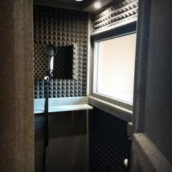 로버트 라미레즈 - ECO100-1
